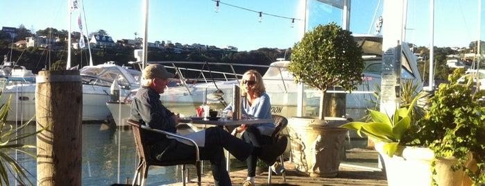 Plonk Beach Cafè is one of Lugares favoritos de Matt.