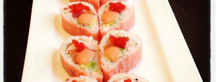 Tsuki Japanese Restaurant is one of Lieux sauvegardés par Flareon.