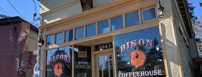 Bison Coffeehouse is one of Noland 님이 좋아한 장소.