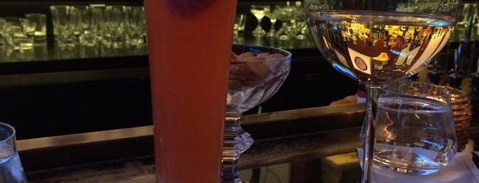 The Bar is one of สถานที่ที่ mary ถูกใจ.
