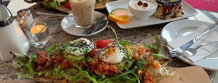 Cafè Engelchen is one of Frühstück in Berlin.