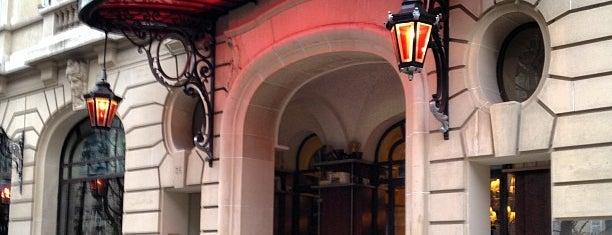 Hôtel Le Royal Monceau Raffles is one of Tea time.