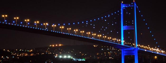 Boğaziçi Köprüsü is one of Gidilecek Güzel Yerler!!!.