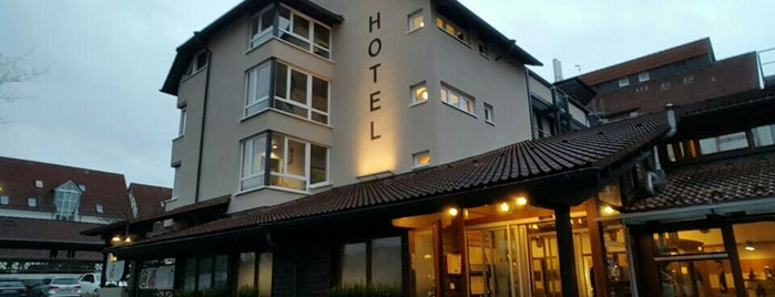 Hotel Gasthof Hasen is one of Lugares favoritos de Uwe.