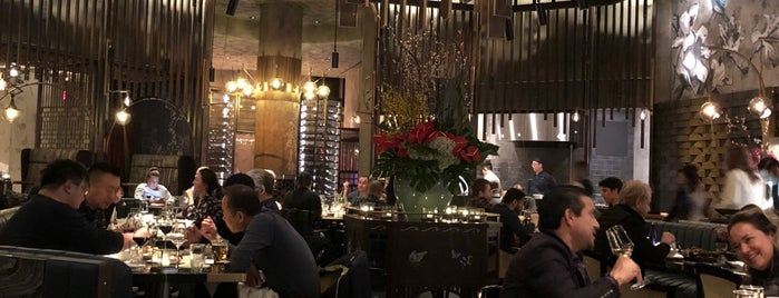 Mott 32 is one of Viva Las Vegas.