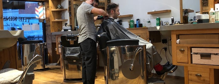 The Kinsman Barber Shop is one of Lugares favoritos de Andy.