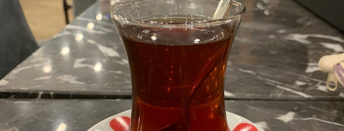 Kaffee Pause is one of Orte, die Senol gefallen.