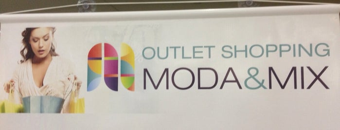 outlet shopping Moda &mix is one of Guilherme 님이 좋아한 장소.