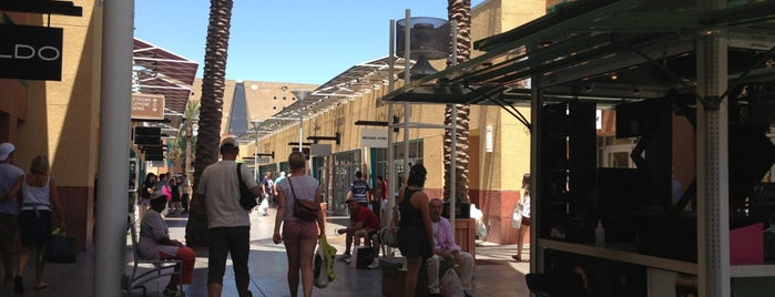 Las Vegas North Premium Outlets is one of USA TO DO LIST.