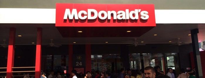 McDonald's is one of Lugares favoritos de NZ.