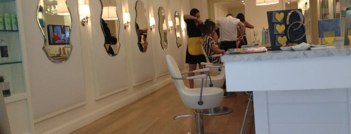 Dry Bar is one of UES.