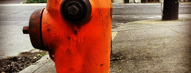 Hosford-Abernathy Neighborhood is one of Neighborhoods of Portland.