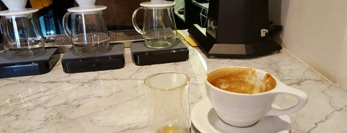 Qūentin Café is one of Posti che sono piaciuti a David.