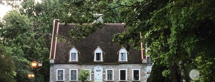 Maison Deschambault is one of Locais curtidos por Whitney.