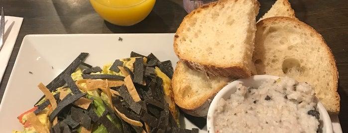 Sabrina's Cafe & Spencer's Too is one of Locais curtidos por Whitney.