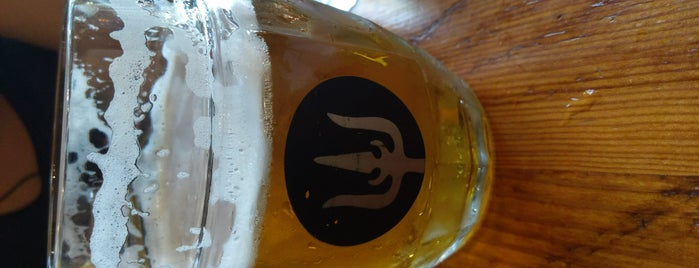 Wayfinder Beer is one of PDXさんのお気に入りスポット.