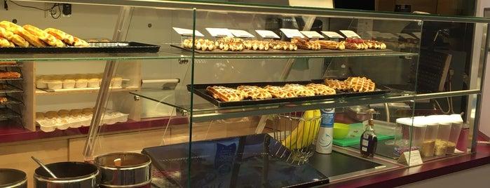 Waffle & Friends is one of Lieux sauvegardés par Dominik.