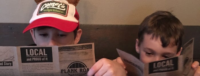 Plank Road Pizza is one of STL.
