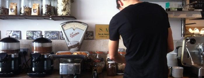 Coffee/tea shops