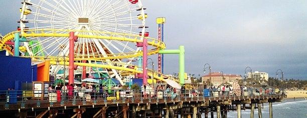 Santa Monica State Beach is one of Lugares donde estuve en el exterior.