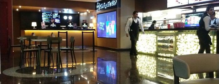 Cinépolis Vip Las Américas is one of Nallely'in Beğendiği Mekanlar.