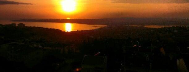 Beykent manzara is one of 👑 PeRvİnn👑 : понравившиеся места.