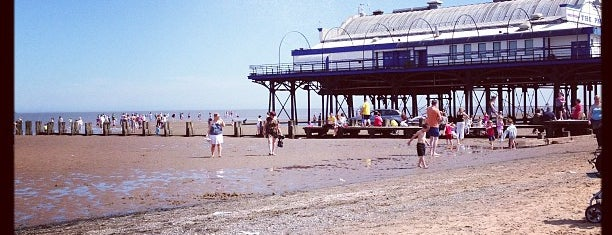Cleethorpes Beach is one of Locais curtidos por Carl.