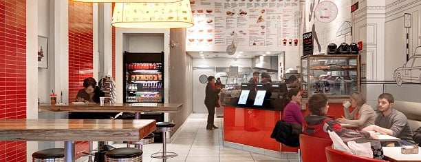 Aroma Espresso Bar is one of Earl of Sandwich Badge - Level up in New York.