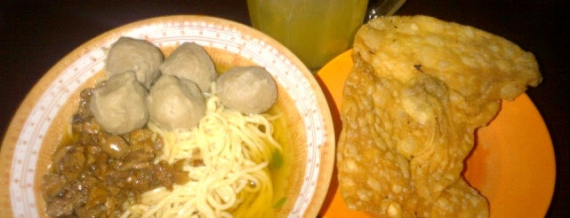 Bakso SMA 1 is one of Windaさんのお気に入りスポット.