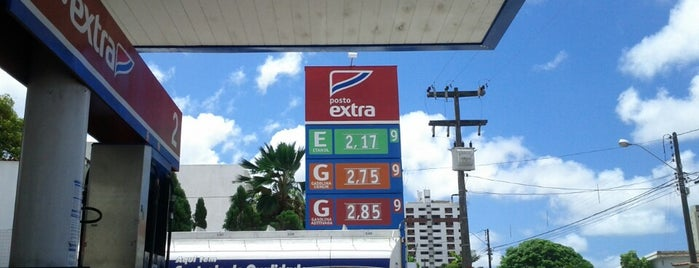 Posto Extra (Shell) is one of Alexanderさんのお気に入りスポット.
