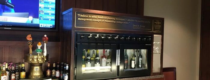 Emba Alumni Pub is one of Roger : понравившиеся места.