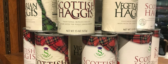 Scotland House Ltd. is one of สถานที่ที่ Duies ถูกใจ.