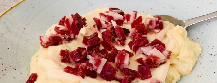 La Cosmopolita is one of Restaurantes que admiten cheques Gourmet.