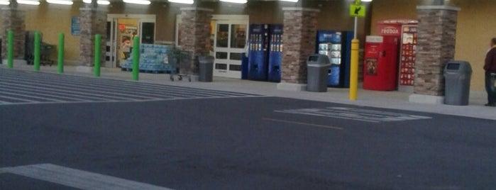 Walmart Neighborhood Market is one of B David 님이 좋아한 장소.