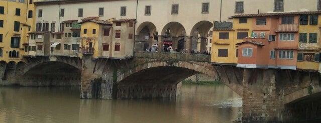 Ponte Vecchio is one of Top 100 Check-In Venues Italia.