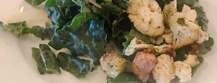 Nolo's Kitchen & Bar is one of Locais curtidos por Shamus.