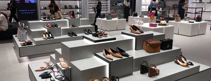 Charles & Keith is one of Cin's Singapore.