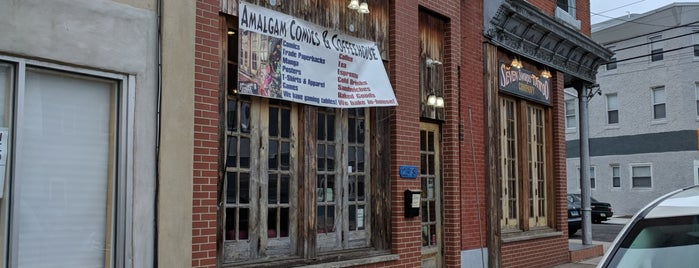 Amalgam Comics & Coffeehouse is one of Meg'in Beğendiği Mekanlar.