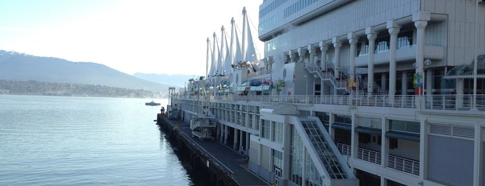 Vancouver Cruise Terminal is one of Gespeicherte Orte von Terrence.