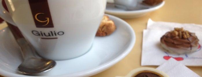 SchokoLadenEis Manufaktur is one of bucket list - dessert shop.