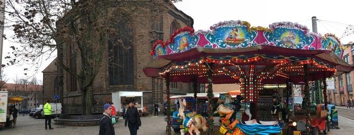 Weihnachtsmarkt auf dem Neustädtischen Markt is one of Thilo 님이 좋아한 장소.