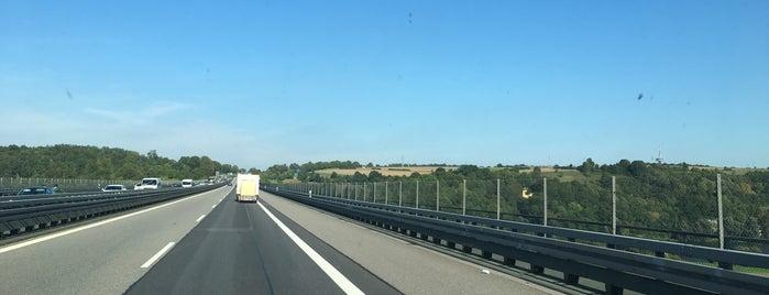 Sinzinger Autobahnbrücke is one of Travel Bucket List.