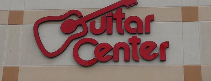 Guitar Center is one of Lieux qui ont plu à Aljon.