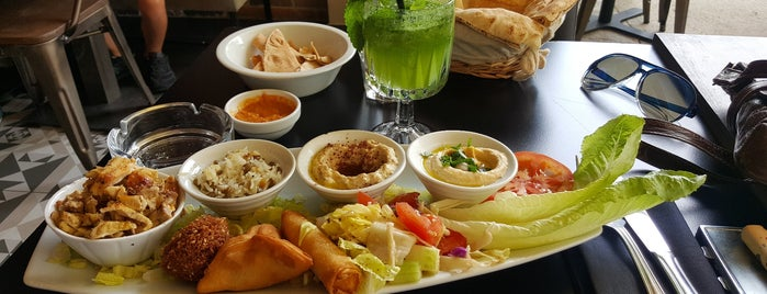 L'Atelier Cuisine Modern Libanaise is one of Orte, die Adam gefallen.