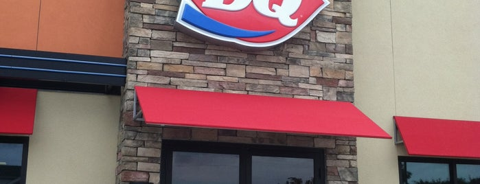 DQ Restaurant (Dairy Queen) is one of Posti che sono piaciuti a KATIE.