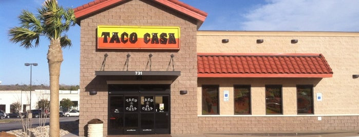 Taco Casa is one of Lugares favoritos de KATIE.