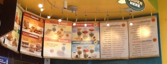 Tropical Smoothie Cafe is one of Orlando.