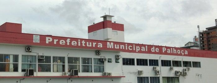 Prefeitura Municipal de Palhoça is one of Orte, die Cristina gefallen.