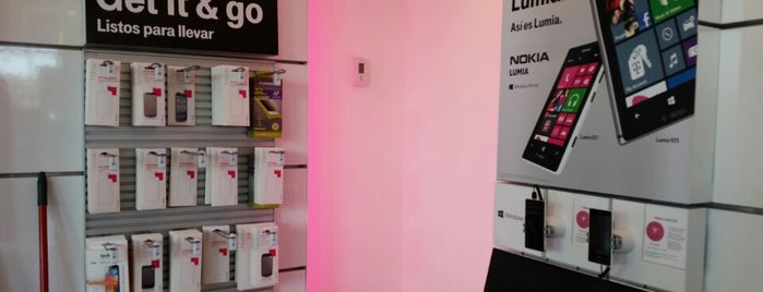 T-Mobile is one of New trip - Compras.