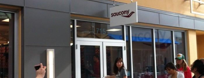 Saucony is one of Daryl'ın Beğendiği Mekanlar.